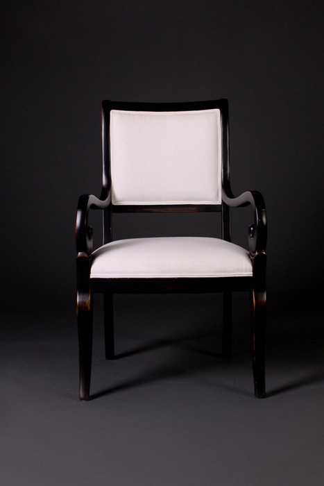 6054 Showwood Arm Chair