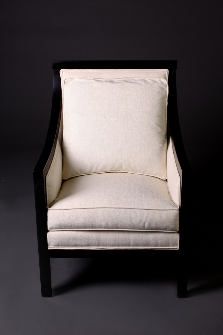 7065 Showwood Arm Chair